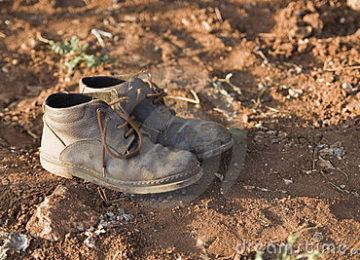sepatu amal